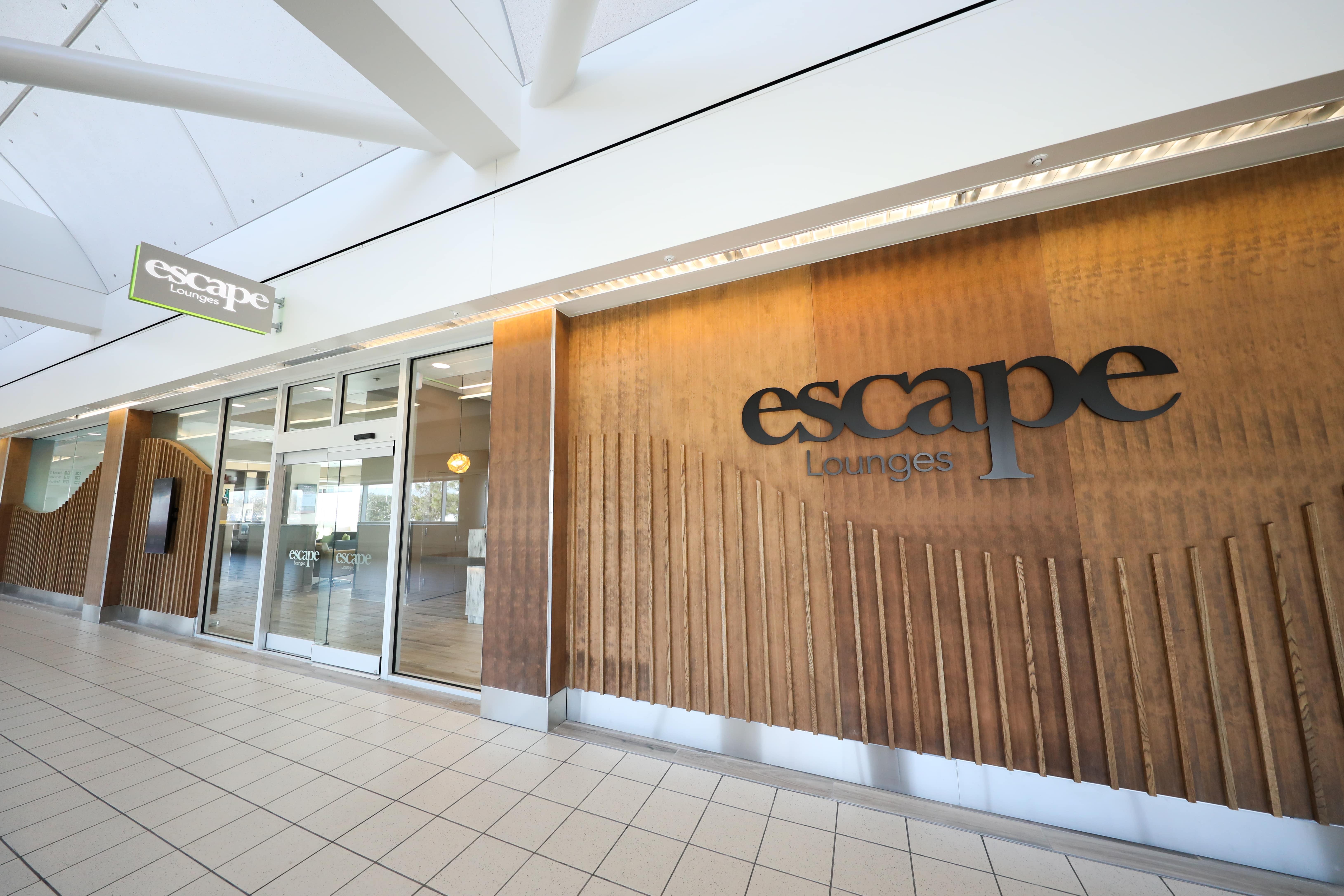 logotipo de escape min